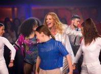 Fama, a bailar